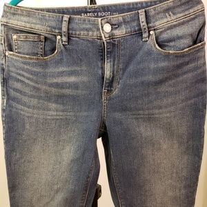 chicos platinum barely boot jean 2 distressed NEW